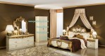 Set Kamar Tidur Mewah Klasik Franch Style Gold