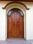Desain Kusen Dan Pintu Rumah Utama Model Klasik Melengkung