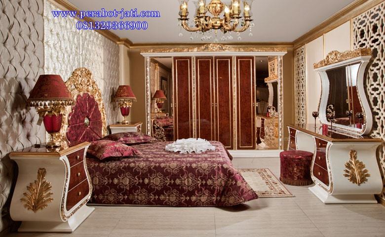 Kamar Tidur Mewah Jog Gold Queen