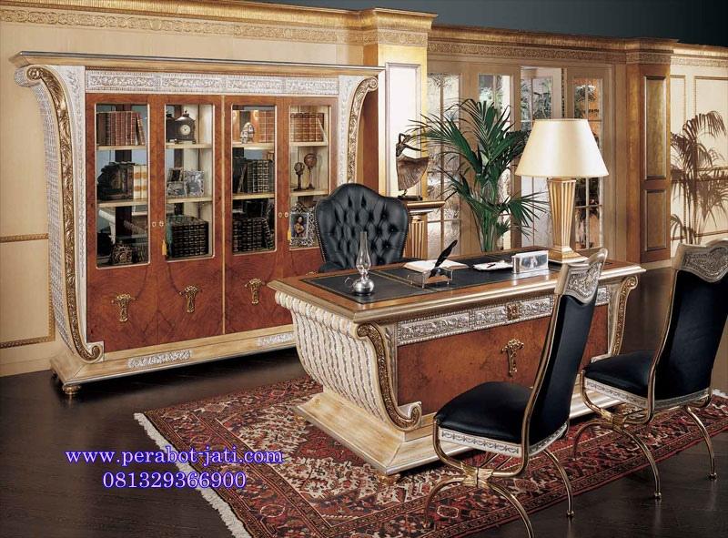 Meja Kantor Direktur Ukir Luxury