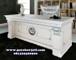 Meja Kantor Mewah Putih Duco Klasik Aston
