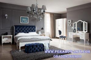 Tempat Tidur Klasik Mewah Chole Desain Elegan