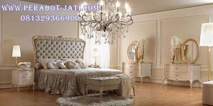 Tempat Tidur Utama Mewah Putih Gold Merella