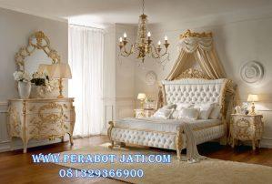 Set Kamar Tidur Ukir Mewah Gold Romantis