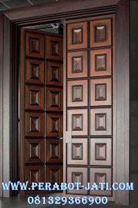Daun Pintu Minimalis Panel Kotak Kupu Tarung