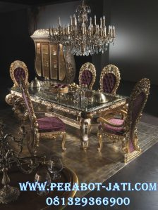 Furniture Meja Makan Ukiran Classic Gold Prada