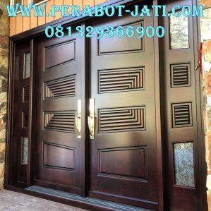 Desain Daun Pintu Klasik Kupu Kupu