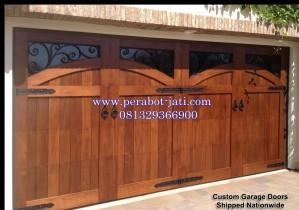 Model Pintu Garasi Rumah Unik Dan Terbaru Dari Kayu