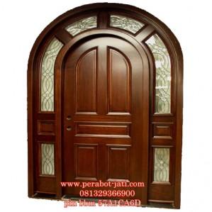 Pintu Utama Rumah Kayu Jati Melengkung Jendela Kaca