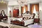 Ranjang Tempat Tidur Klasik Mewah Willona